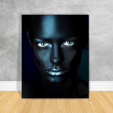 Quadro-Impressao-em-Vidro---Black-Woman-Olhos-Azuis