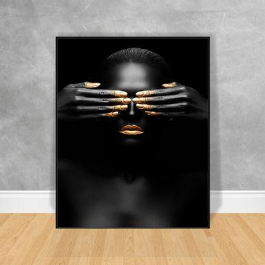 Quadro-Decorativo-Black-Woman-Maos-nos-Olhos