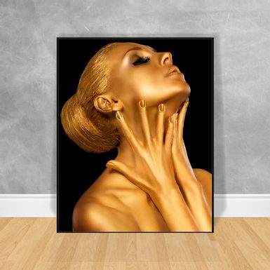 Quadro-Decorativo-Black-Woman-Gold-Maos-no-Pescoco