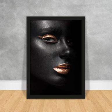 30_BLACK_WOMAN_50X70_PT_FR